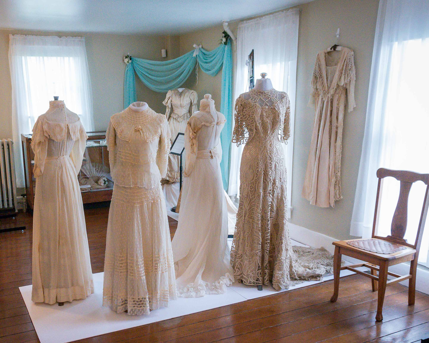ohs-wedding-dresses-3