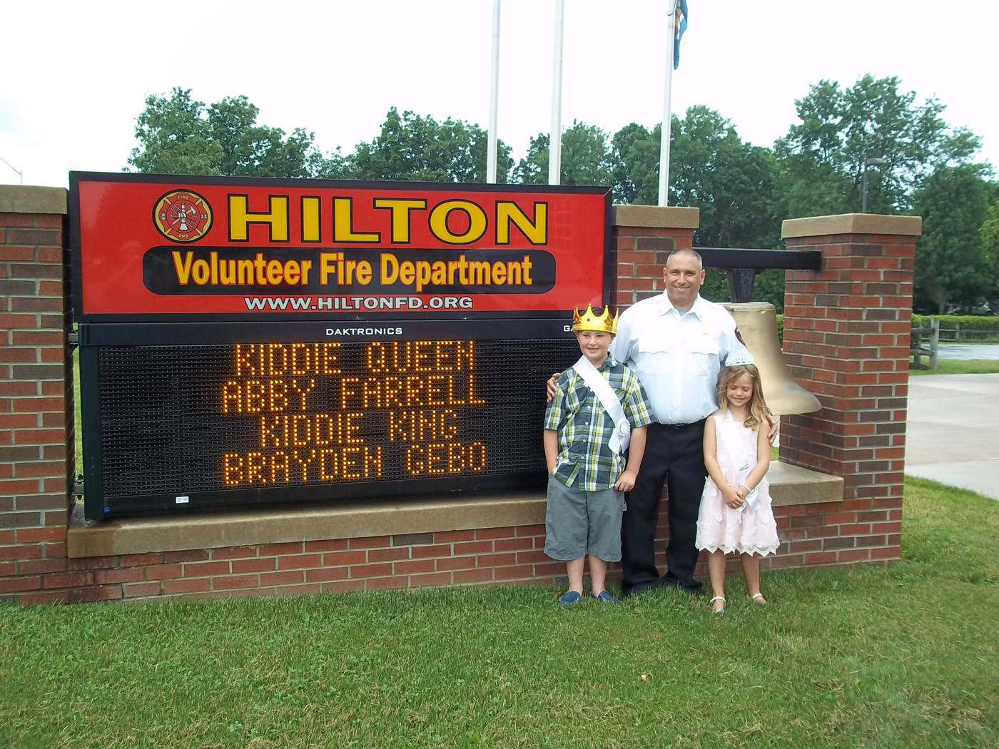 hilton-kiddie-king-and-queen