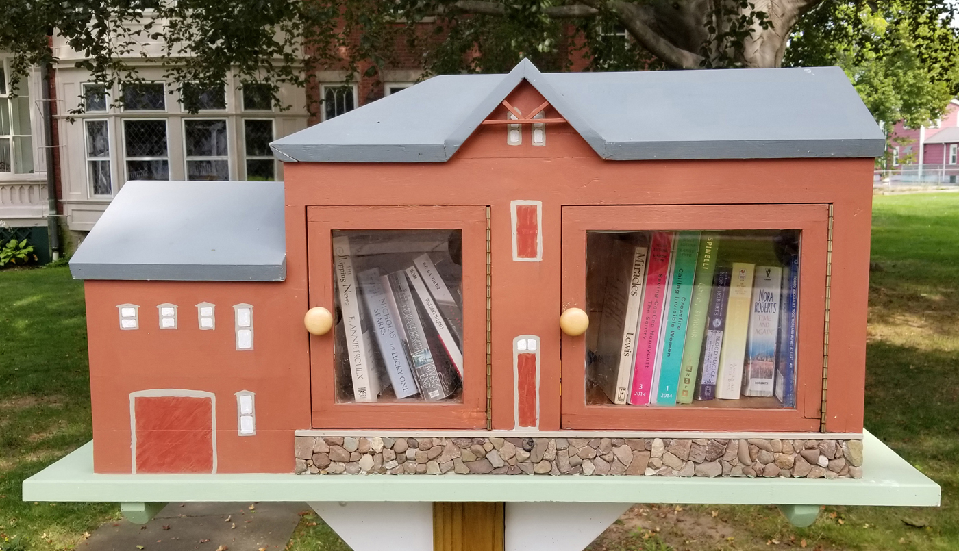 "The Little Free Library outside the Morgan-Manning House on the South Street sidewalk represents the Carriage House which is located on the grounds. The model is 33"" long, 15"" high and 12"" deep. Photo by Dianne Hickerson"