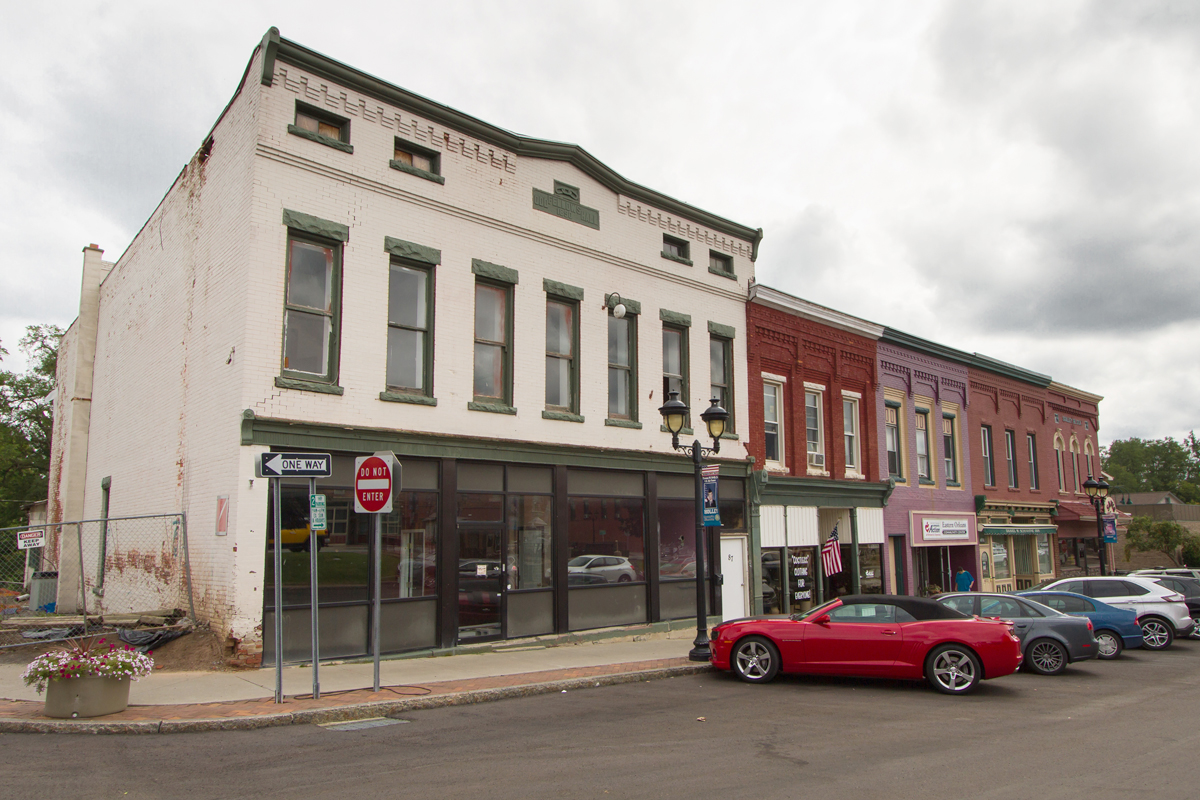 Odd Fellows Hall in Holley. Photo by Dan Dangler