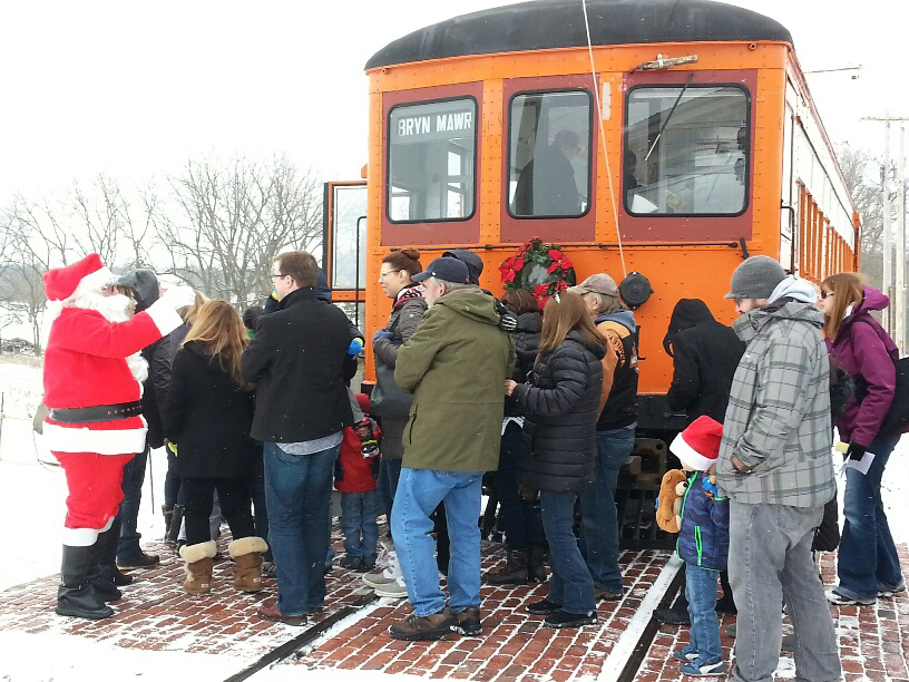 Santa and trolley 2016 B