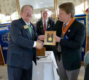 Randy Dumas (right) received the Brittany Fellowship Award from Eric Paul, New York Past District Governor of Kiwanis. Provided photo