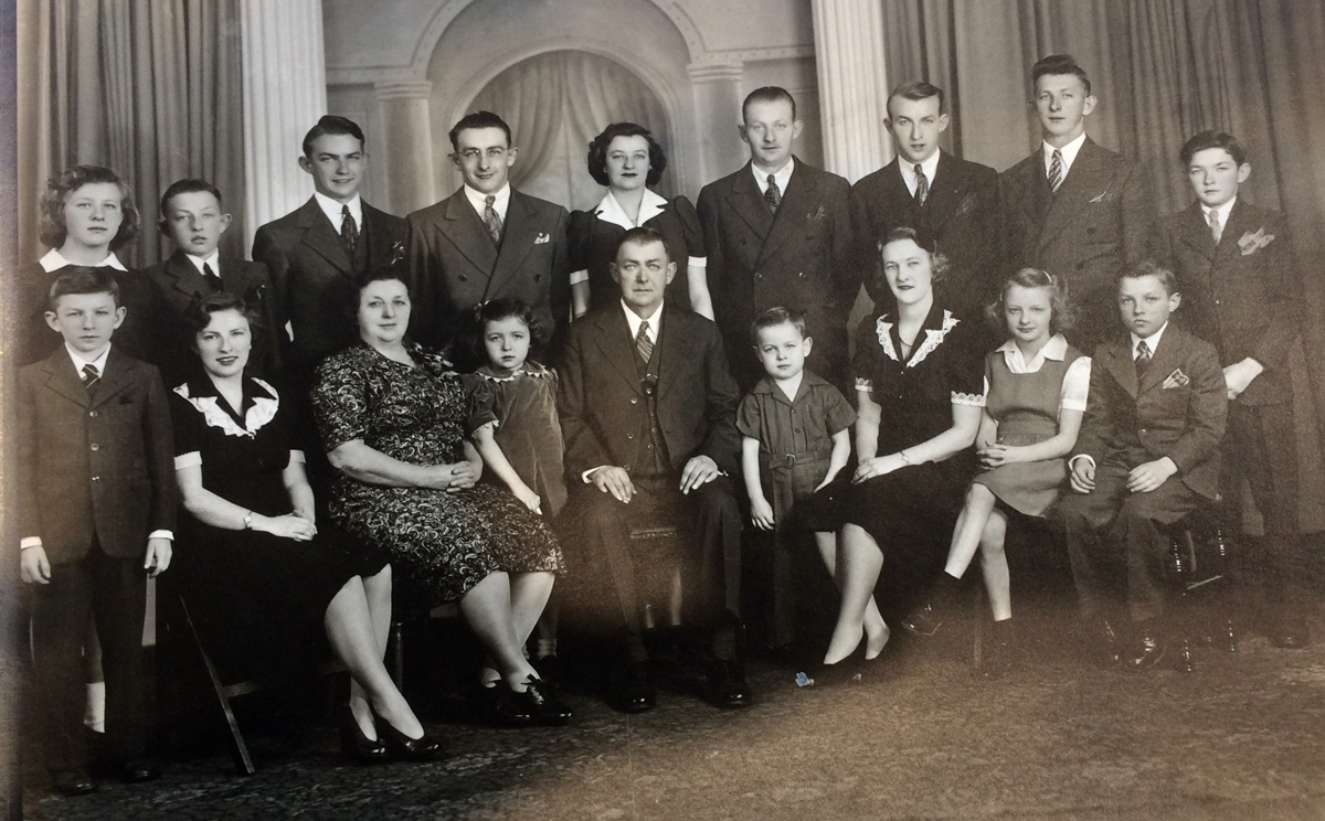 The Lemcke family in 1947. Front row (l-r): Lawrence, Helen, mother Myrtle Lemcke, Betty Lou, father Arthur Lemcke, Donald, Hazel, Geraldine and Gerald (twins). Back row (l-r): Shirley, Allen, John, Howard, Florence, Arthur, Richard, Robert and Harold.