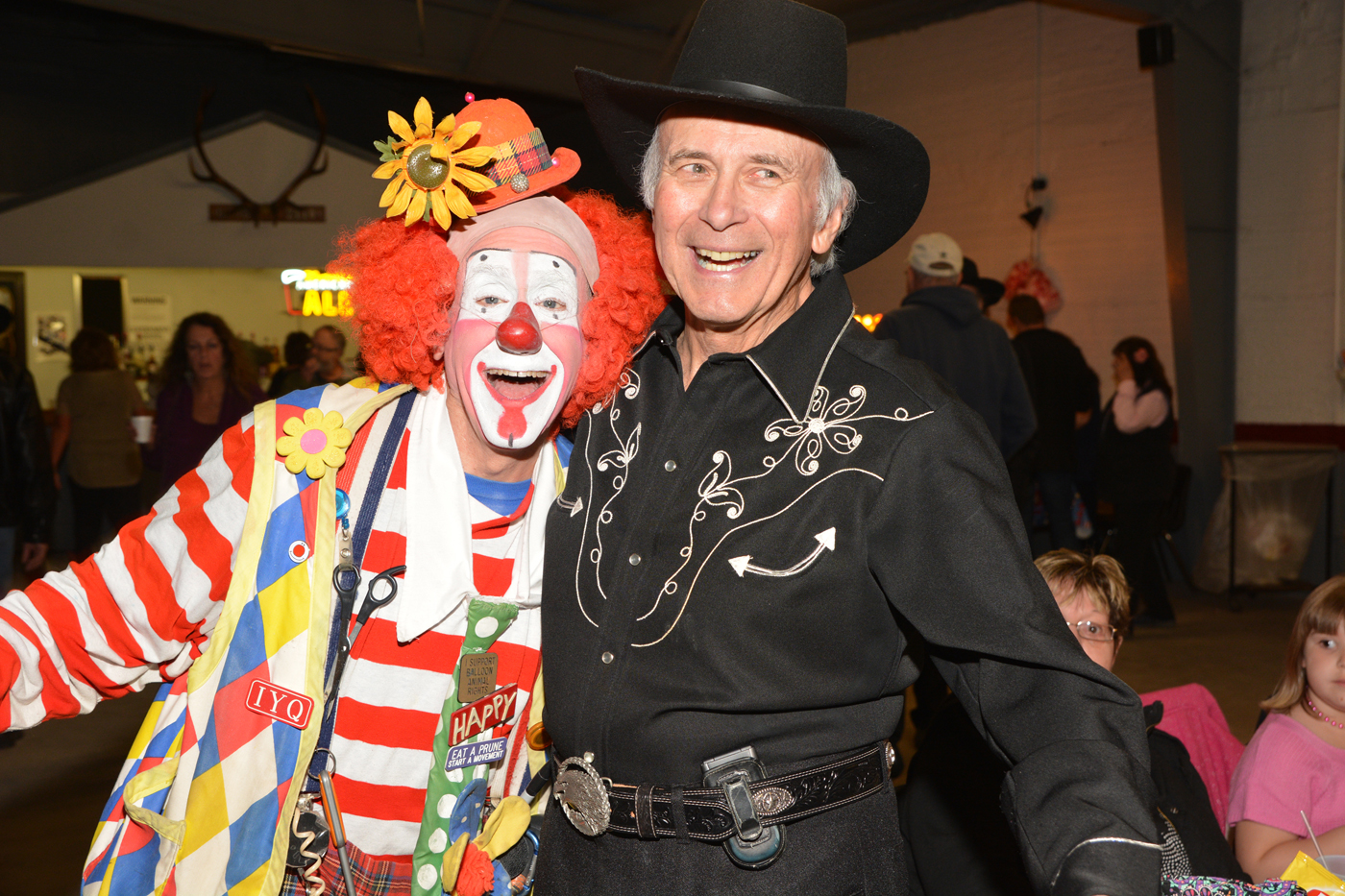 Dick Clifford with Happy the Clown at the 2017 Jamboree. Photo by Kathryn Dishong.