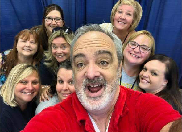 Canal View Elementary School teachers and staff took a selfie with educator/comedian Gerry Brooks prior to his fundraising show on August 31.