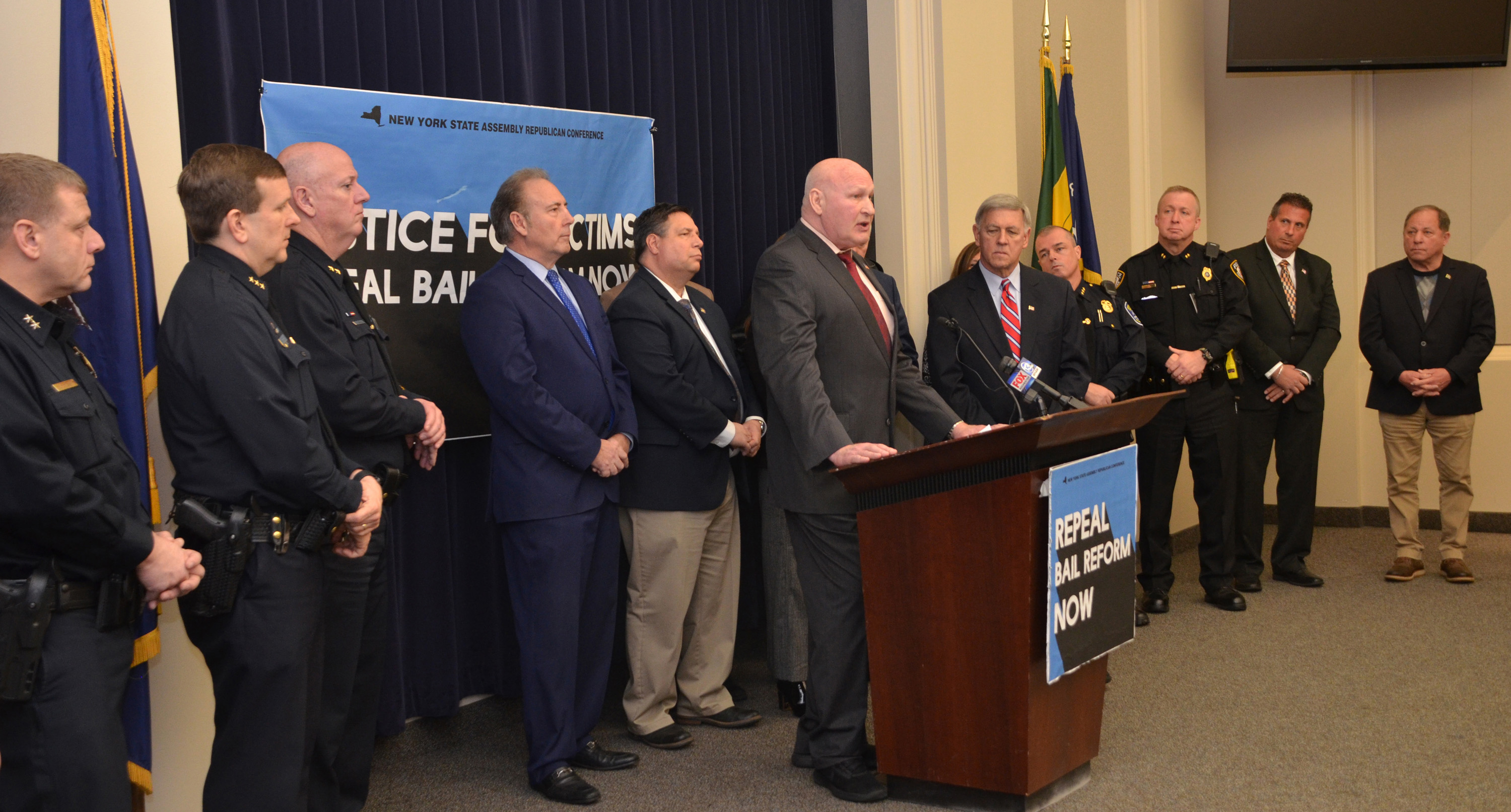 Law-enforcement professionals, local prosecutors, and members of the Assembly Minority Conference held a press conference on February 7. Provided photo